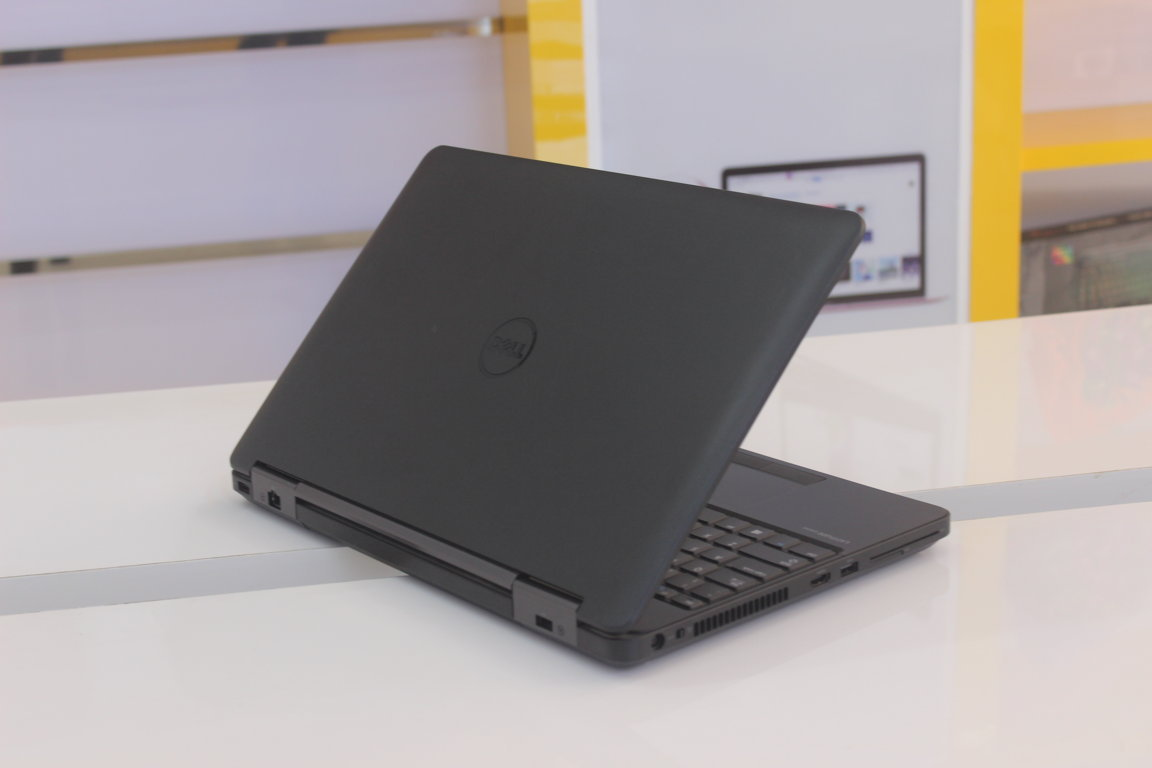 Thiết kế mới lạ của Dell Latitude E5540