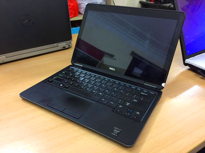 laptop-dell-latitude-e7240-man-hinh-cam-ung