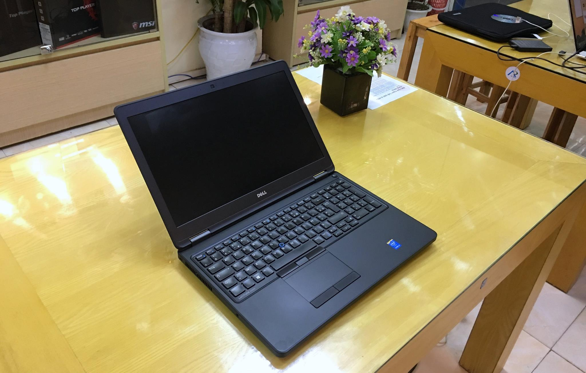 laptop-dell-latitude-e5550-cu-hai-phong