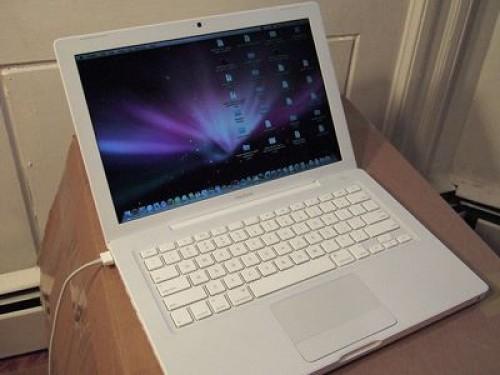 Macbook  1.1 giá rẻ