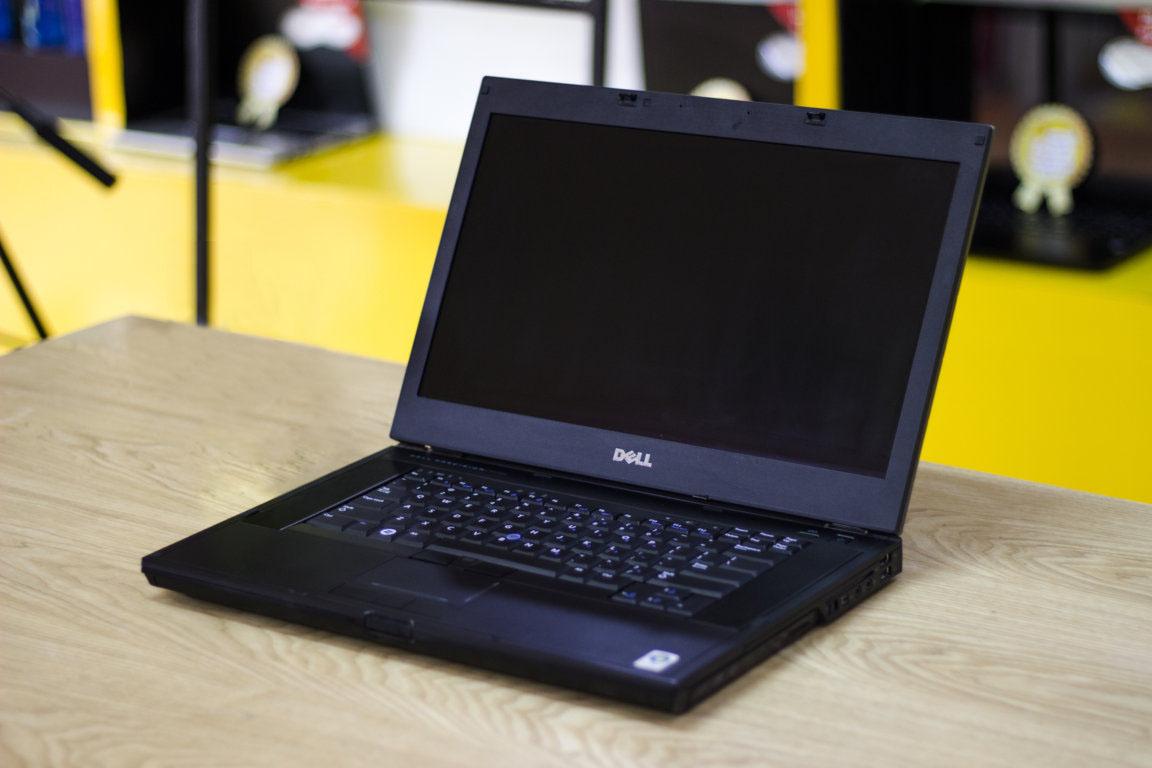 Thiết kế Dell Precision M4500
